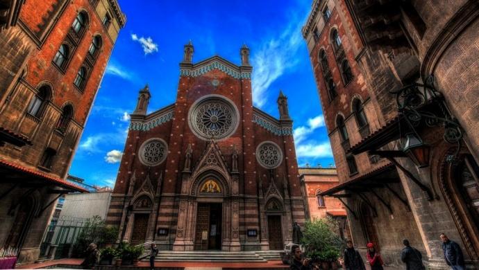 """كنيسة """"سانت أنطونيو"""""""