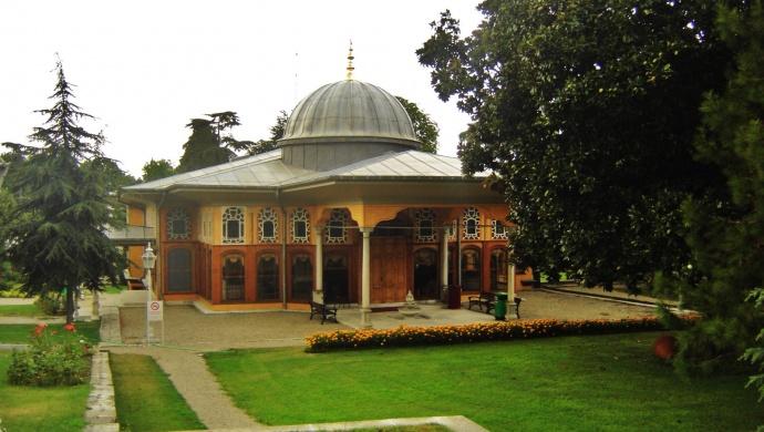 قصر آينالي كواك
